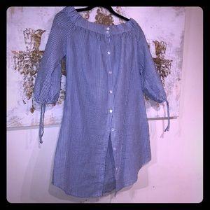 ♻️ Adorable off shoulder Blue & White dress